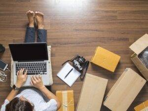 workingfromhome___06132511218 - image workingfromhome___06132511218-300x225 on http://cavemaninasuit.com